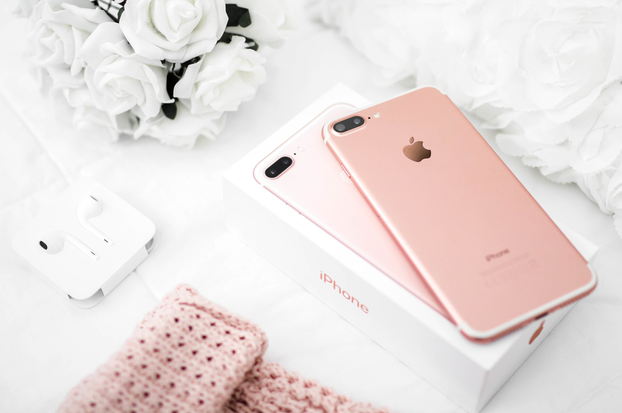 rose gold iPhone